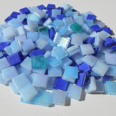 Glasmosaiksteine 10x10mm Blau Mix